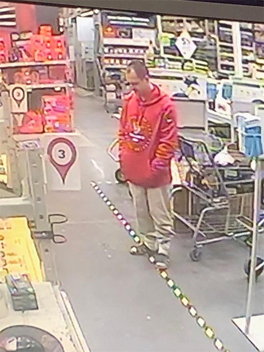 Lowe's employee shot by shoplifting suspect at Gulfgate