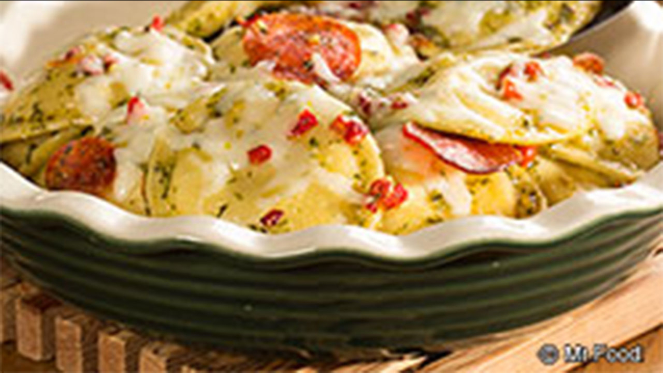 Ravioli Pesto Pie recipe
