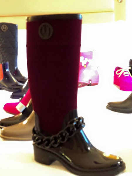 "<div class=""meta image-caption""><div class=""origin-logo origin-image none""><span>none</span></div><span class=""caption-text"">The latest fashions in footwear are on display at the 2015 New York Shoe Expo, running through Thursday.</span></div>"