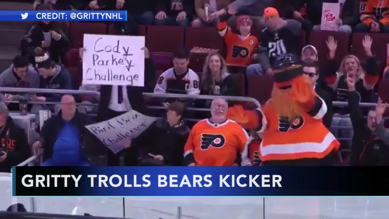 Philadelphia Flyers Gritty Trolls Chicago Bears Kicker Cody Parkey