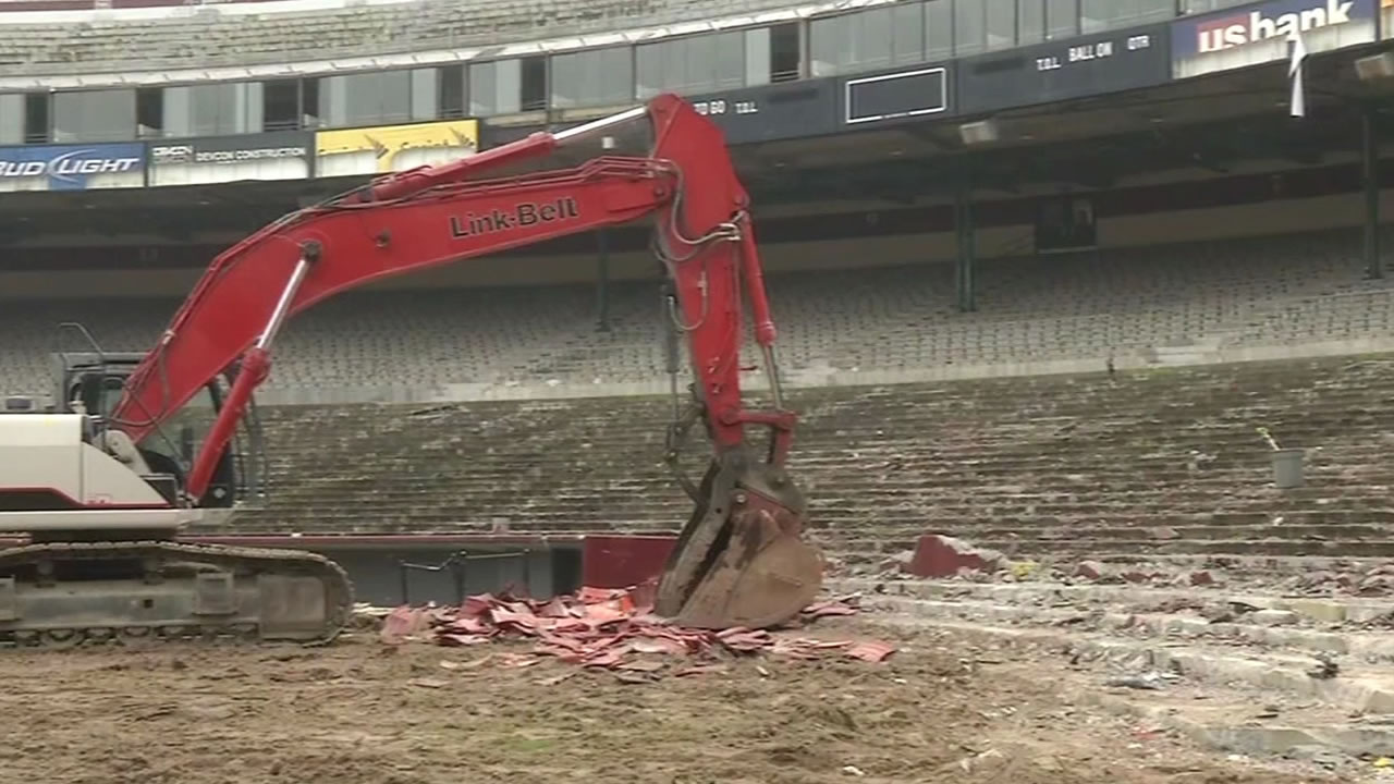 A chapter in San Francisco's history is almost over as crews begin demolition on Candlestick Park.