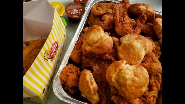 Fried Chicken Chain Named Americas Best Makes Tenderloin Debut