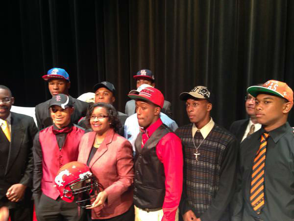 "<div class=""meta image-caption""><div class=""origin-logo origin-image none""><span>none</span></div><span class=""caption-text"">North Shore athletes signing NLI (KTRK Photo)</span></div>"