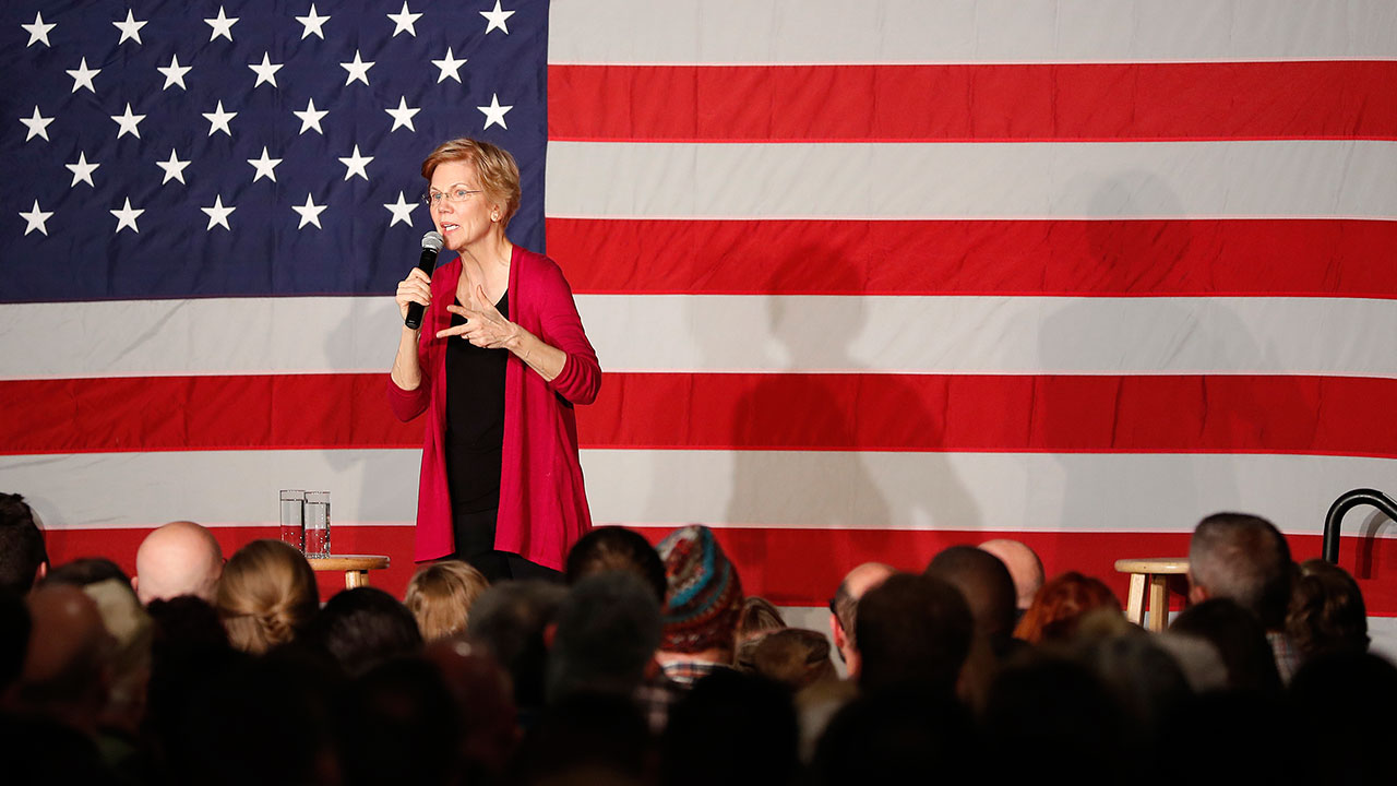 Elizabeth Warren unveils $640B student loan debt forgiveness plan