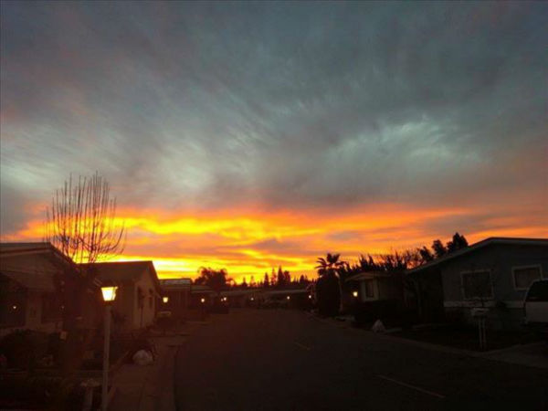 "<div class=""meta image-caption""><div class=""origin-logo origin-image none""><span>none</span></div><span class=""caption-text"">Stunning sunrise photos from ABC30 views taken February 6, 2015. (KFSN Photo / Debbie Simas)</span></div>"