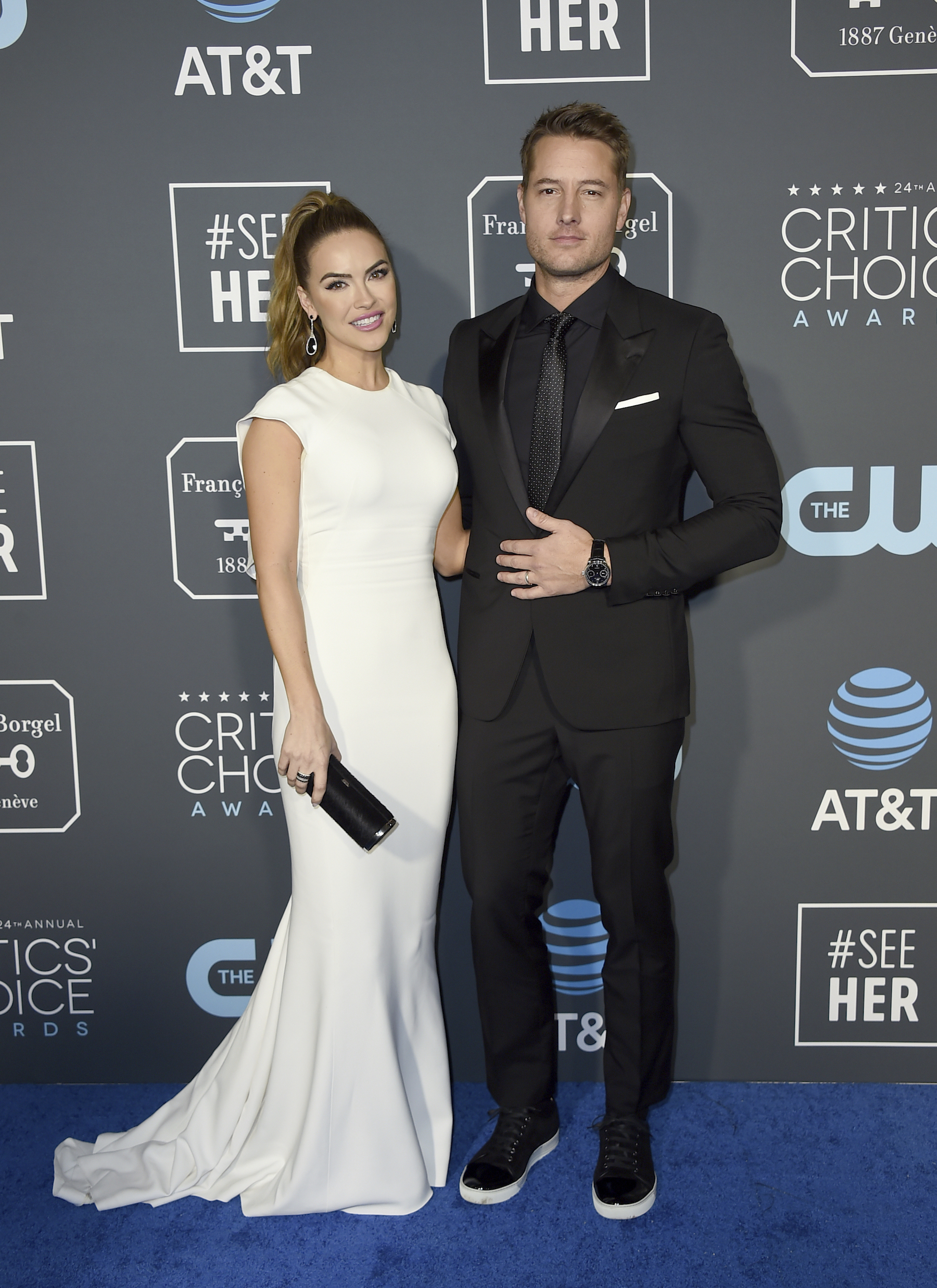"<div class=""meta image-caption""><div class=""origin-logo origin-image ap""><span>AP</span></div><span class=""caption-text"">Justin Hartley, right, and Chrishell Stause arrive at the 24th annual Critics' Choice Awards on Sunday, Jan. 13, 2019, at the Barker Hangar in Santa Monica, Calif. (Jordan Strauss/Invision/AP)</span></div>"