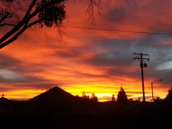 "<div class=""meta image-caption""><div class=""origin-logo origin-image none""><span>none</span></div><span class=""caption-text"">Stunning sunrise photos from ABC30 views taken February 6, 2015. (KFSN Photo / Stephanie Collins)</span></div>"