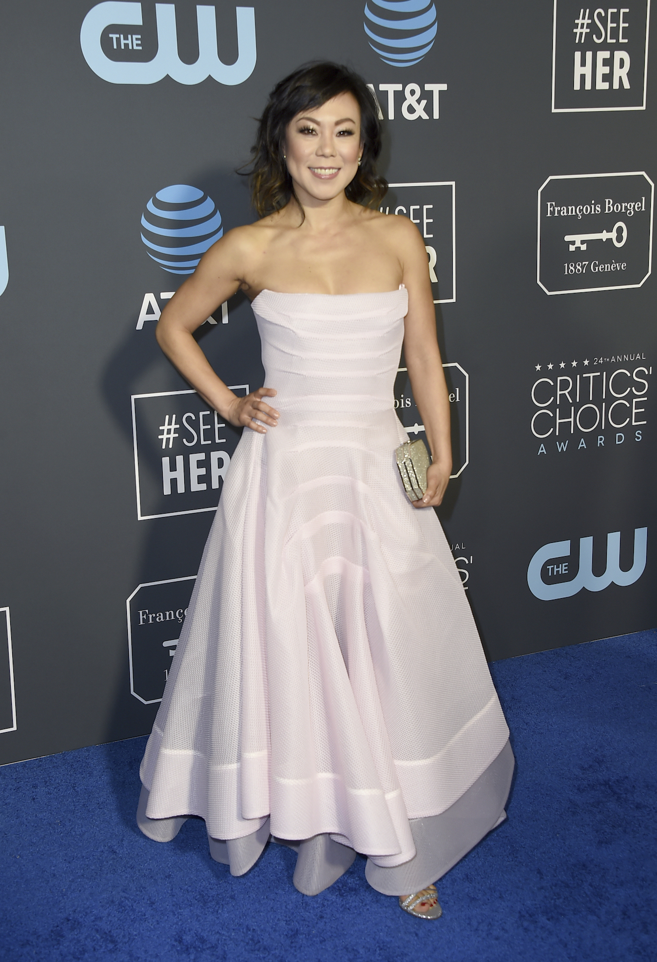<div class='meta'><div class='origin-logo' data-origin='AP'></div><span class='caption-text' data-credit='Jordan Strauss/Invision/AP'>Ali Ahn arrives at the 24th annual Critics' Choice Awards on Sunday, Jan. 13, 2019, at the Barker Hangar in Santa Monica, Calif.</span></div>