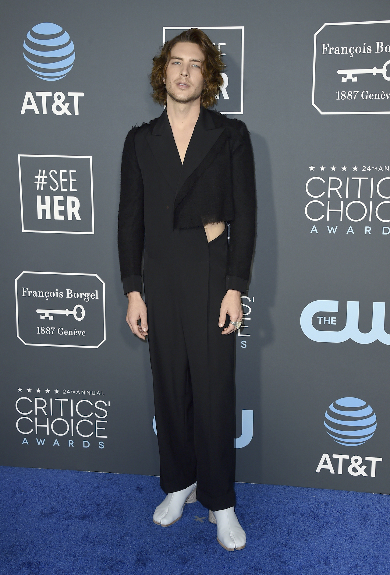 <div class='meta'><div class='origin-logo' data-origin='AP'></div><span class='caption-text' data-credit='Jordan Strauss/Invision/AP'>Cody Fern arrives at the 24th annual Critics' Choice Awards on Sunday, Jan. 13, 2019, at the Barker Hangar in Santa Monica, Calif.</span></div>