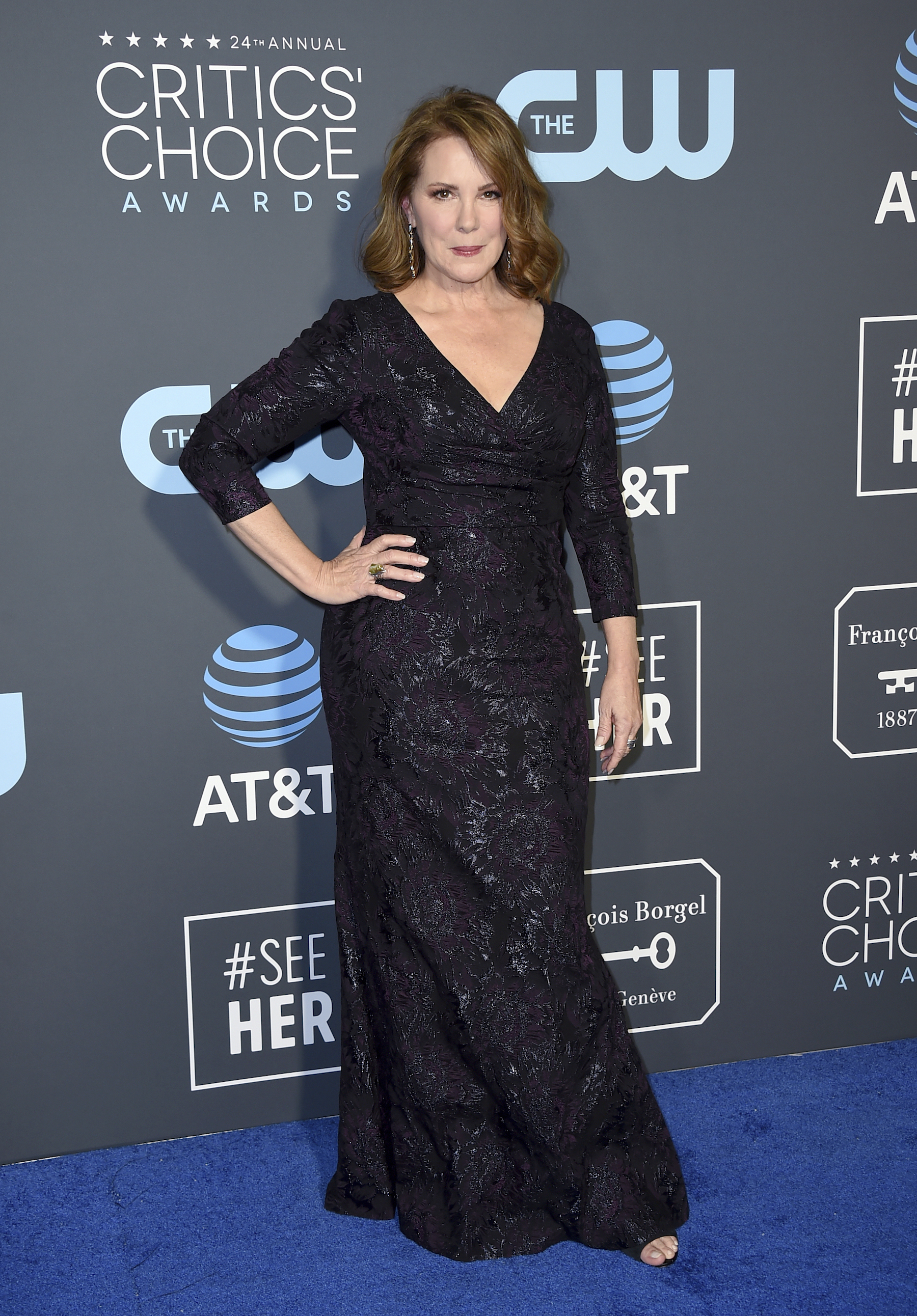<div class='meta'><div class='origin-logo' data-origin='AP'></div><span class='caption-text' data-credit='Jordan Strauss/Invision/AP'>Elizabeth Perkins arrives at the 24th annual Critics' Choice Awards on Sunday, Jan. 13, 2019, at the Barker Hangar in Santa Monica, Calif.</span></div>
