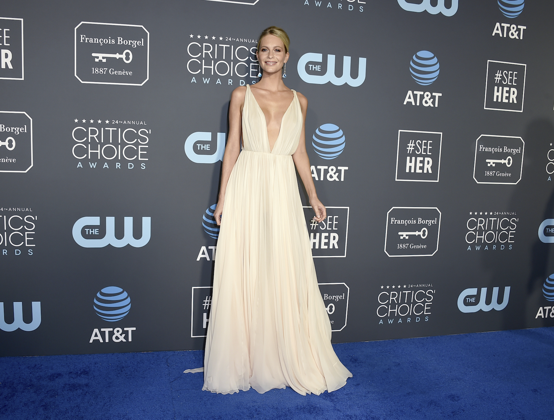 <div class='meta'><div class='origin-logo' data-origin='AP'></div><span class='caption-text' data-credit='Jordan Strauss/Invision/AP'>Poppy Delevingne arrives at the 24th annual Critics' Choice Awards on Sunday, Jan. 13, 2019, at the Barker Hangar in Santa Monica, Calif.</span></div>