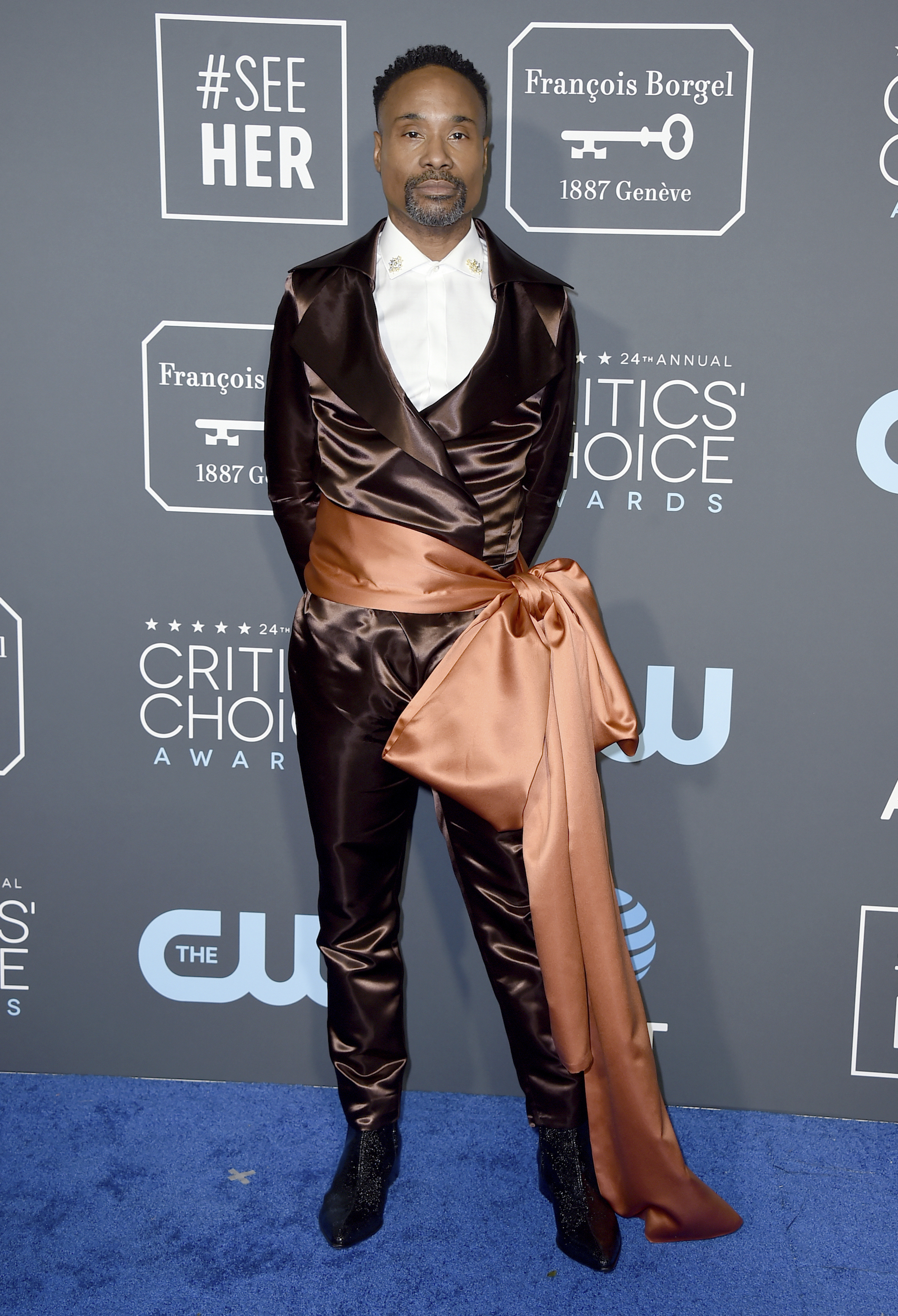 <div class='meta'><div class='origin-logo' data-origin='AP'></div><span class='caption-text' data-credit='Jordan Strauss/Invision/AP'>Billy Porter arrives at the 24th annual Critics' Choice Awards on Sunday, Jan. 13, 2019, at the Barker Hangar in Santa Monica, Calif.</span></div>