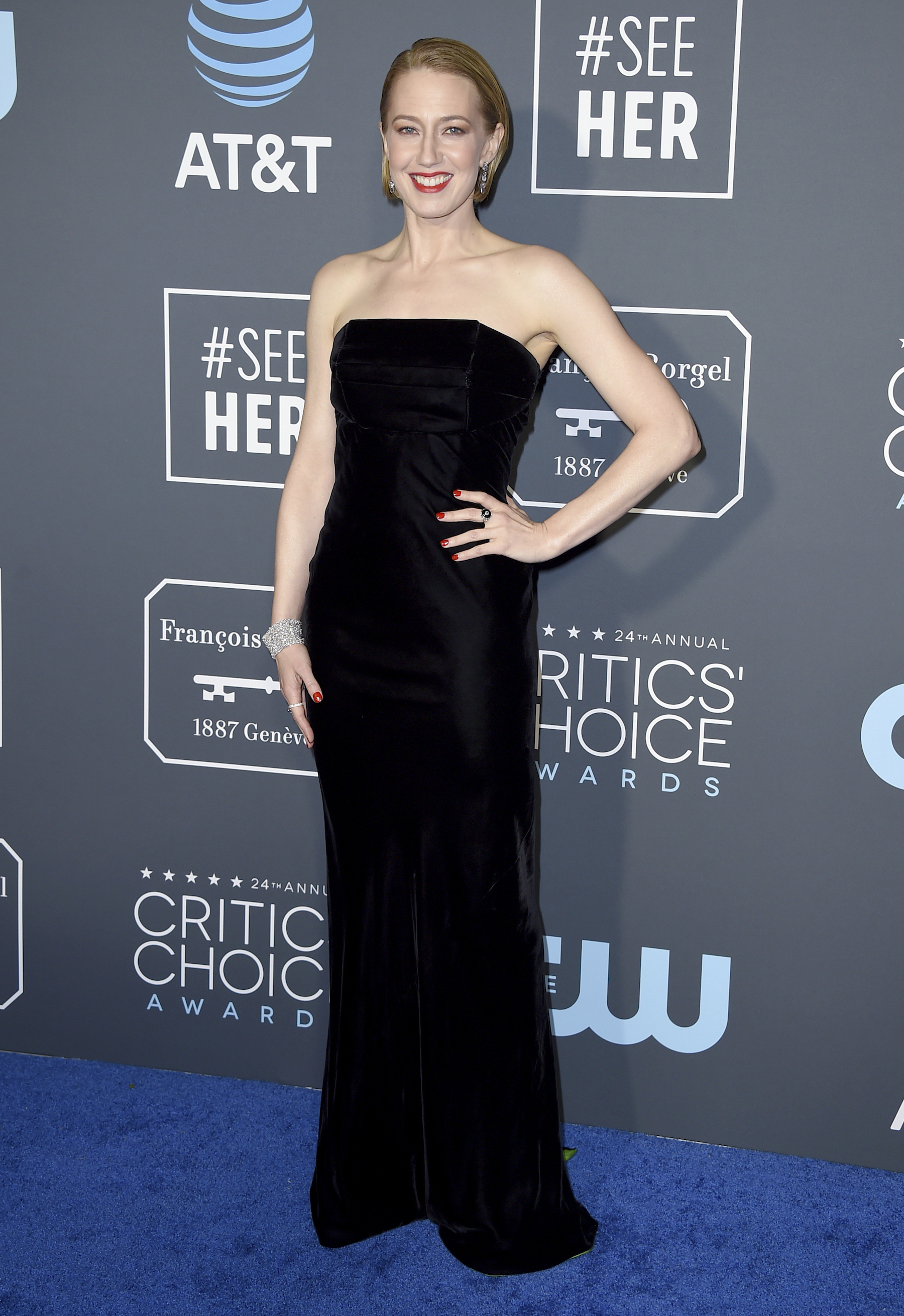 <div class='meta'><div class='origin-logo' data-origin='AP'></div><span class='caption-text' data-credit='Jordan Strauss/Invision/AP'>Carrie Coon arrives at the 24th annual Critics' Choice Awards on Sunday, Jan. 13, 2019, at the Barker Hangar in Santa Monica, Calif.</span></div>