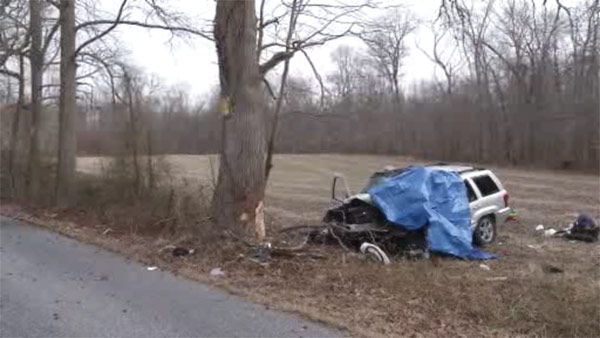 Driver killed when SUV hits tree in Newark, Del.