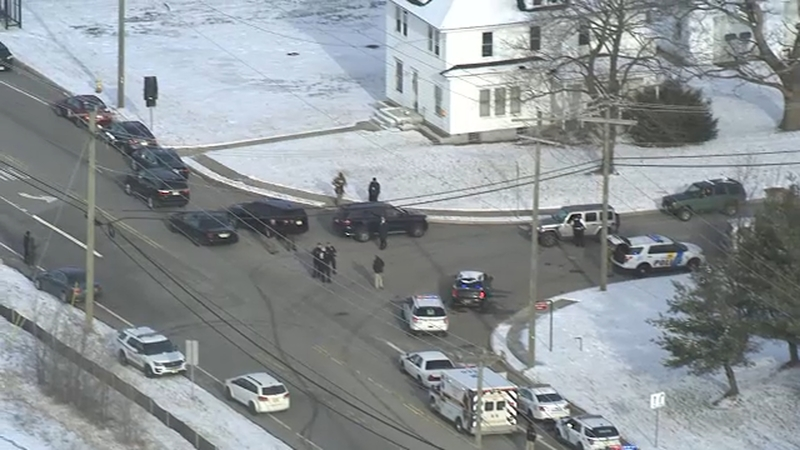 Gunman shot and killed, 2 hostages rescued after standoff ends at