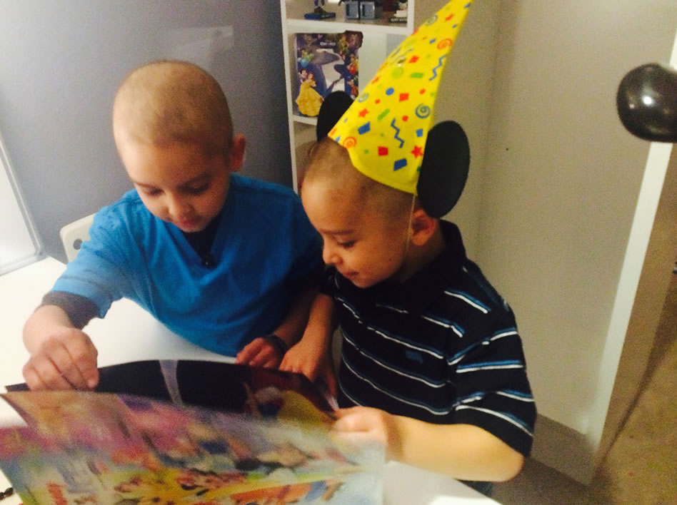 """<div class=""""meta image-caption""""><div class=""""origin-logo origin-image kgo""""><span>KGO</span></div><span class=""""caption-text"""">With the help of Special Spaces, Disney On Ice, Feld Entertainment volunteers Austin got a bedroom makeover to help him battle leukemia. (Feb. 6, 2015/ABC7 News)</span></div>"""