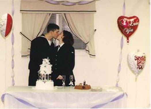 "<div class=""meta image-caption""><div class=""origin-logo origin-image none""><span>none</span></div><span class=""caption-text"">Karla and Jason Burleson's wedding photo, started dating in February of 2001 (Photo/Viewer photo)</span></div>"