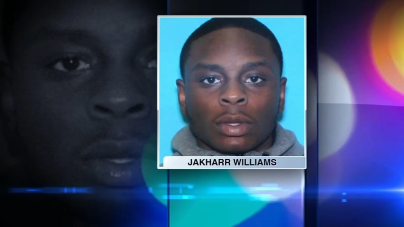 Orland Park mall shooting: Police search for suspect Jakharr Williams,  family of victim Javon Britten speaks
