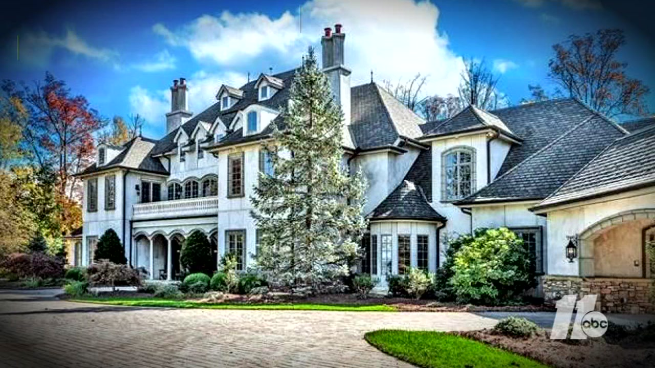 Check Out These Massive, Multi Million Dollar Homes In North Carolina