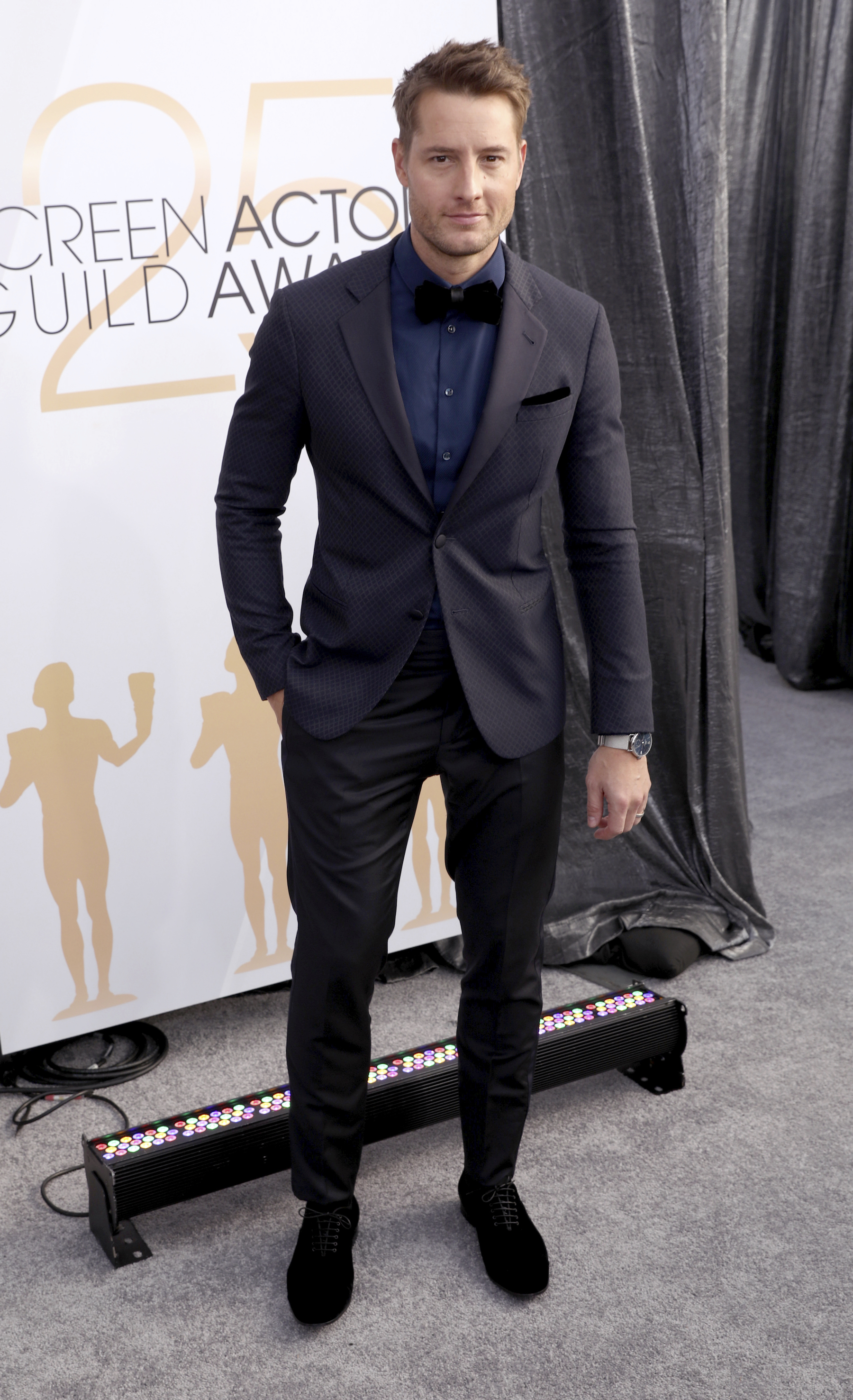 <div class='meta'><div class='origin-logo' data-origin='AP'></div><span class='caption-text' data-credit='Matt Sayles/Invision/AP'>Justin Hartley arrives at the 25th annual Screen Actors Guild Awards at the Shrine Auditorium & Expo Hall on Sunday, Jan. 27, 2019, in Los Angeles.</span></div>