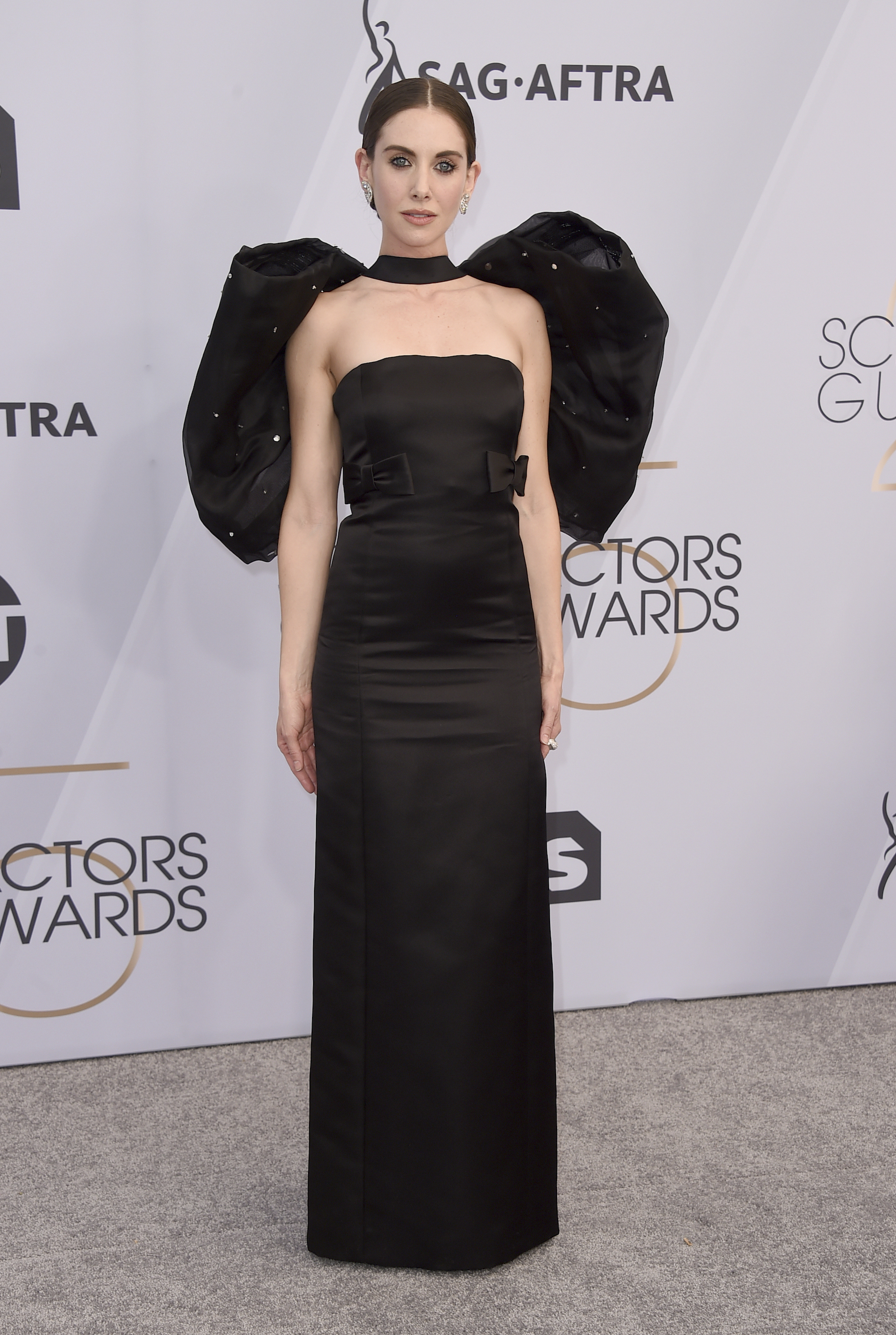 "<div class=""meta image-caption""><div class=""origin-logo origin-image ap""><span>AP</span></div><span class=""caption-text"">Alison Brie arrives at the 25th annual Screen Actors Guild Awards at the Shrine Auditorium & Expo Hall on Sunday, Jan. 27, 2019, in Los Angeles. (Jordan Strauss/Invision/AP)</span></div>"