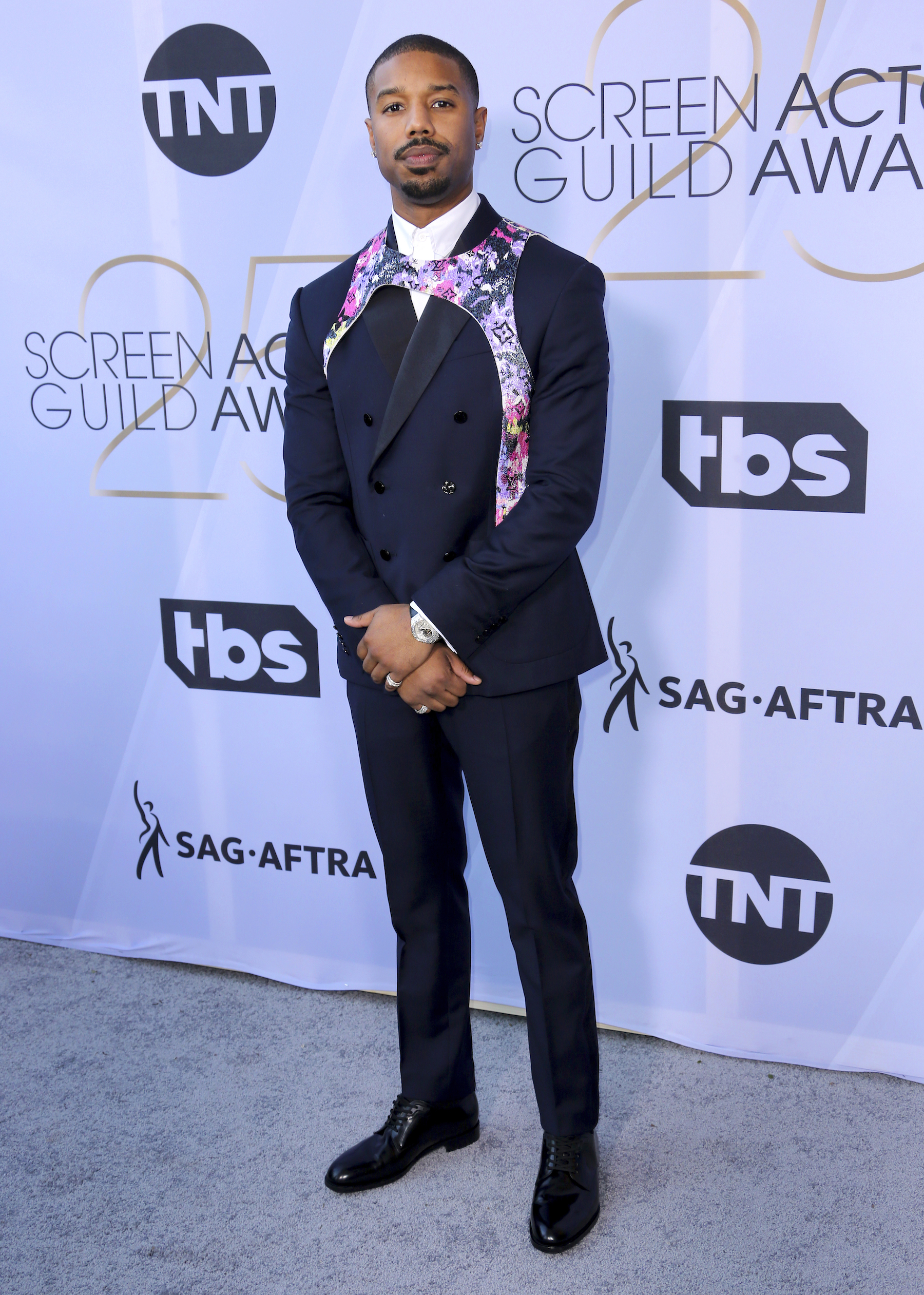 "<div class=""meta image-caption""><div class=""origin-logo origin-image ap""><span>AP</span></div><span class=""caption-text"">Michael B. Jordan arrives at the 25th annual Screen Actors Guild Awards at the Shrine Auditorium & Expo Hall on Sunday, Jan. 27, 2019, in Los Angeles. (Willy Sanjuan/Invision/AP)</span></div>"