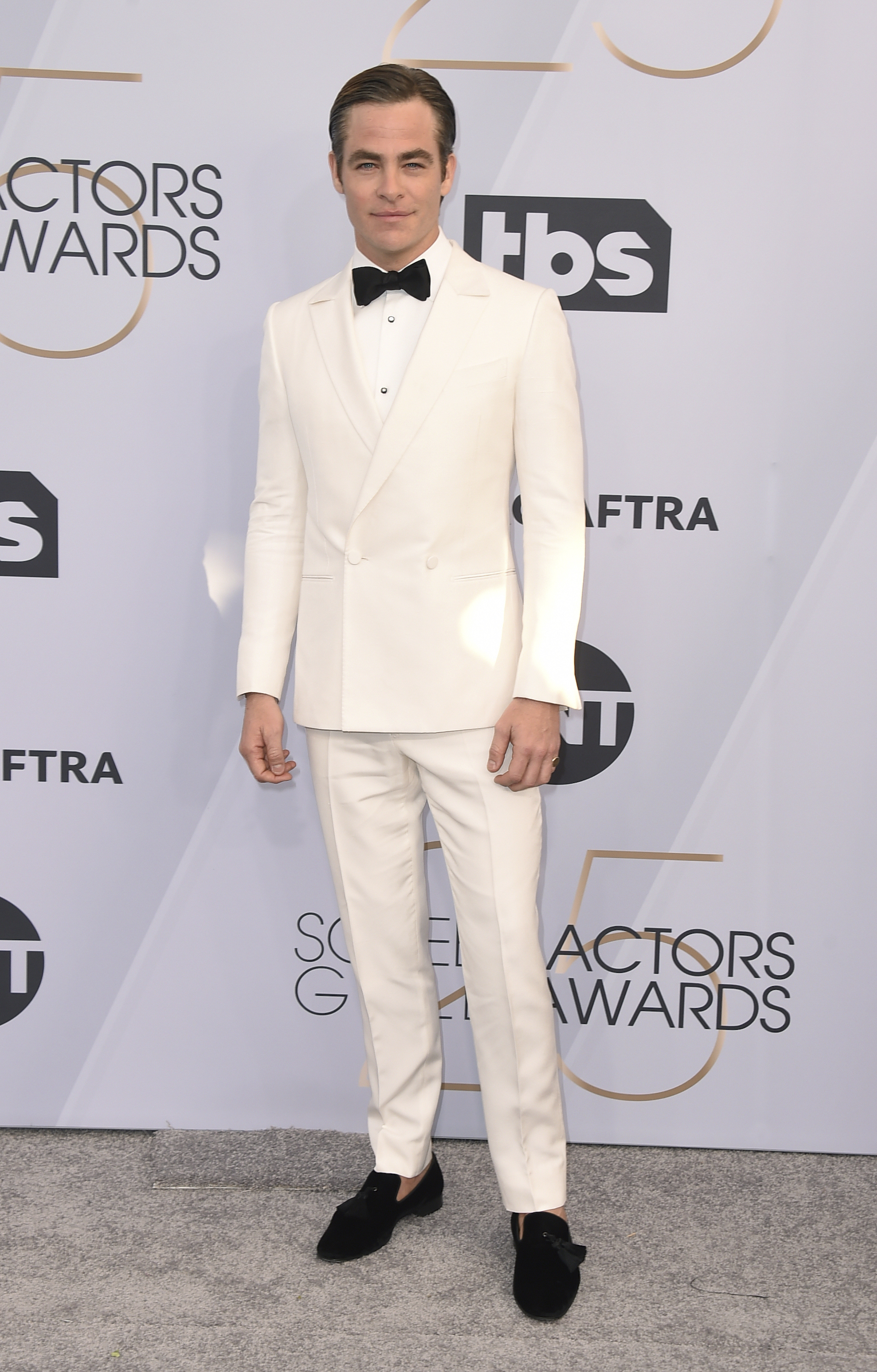<div class='meta'><div class='origin-logo' data-origin='AP'></div><span class='caption-text' data-credit='Jordan Strauss/Invision/AP'>Chris Pine arrives at the 25th annual Screen Actors Guild Awards at the Shrine Auditorium & Expo Hall on Sunday, Jan. 27, 2019, in Los Angeles.</span></div>