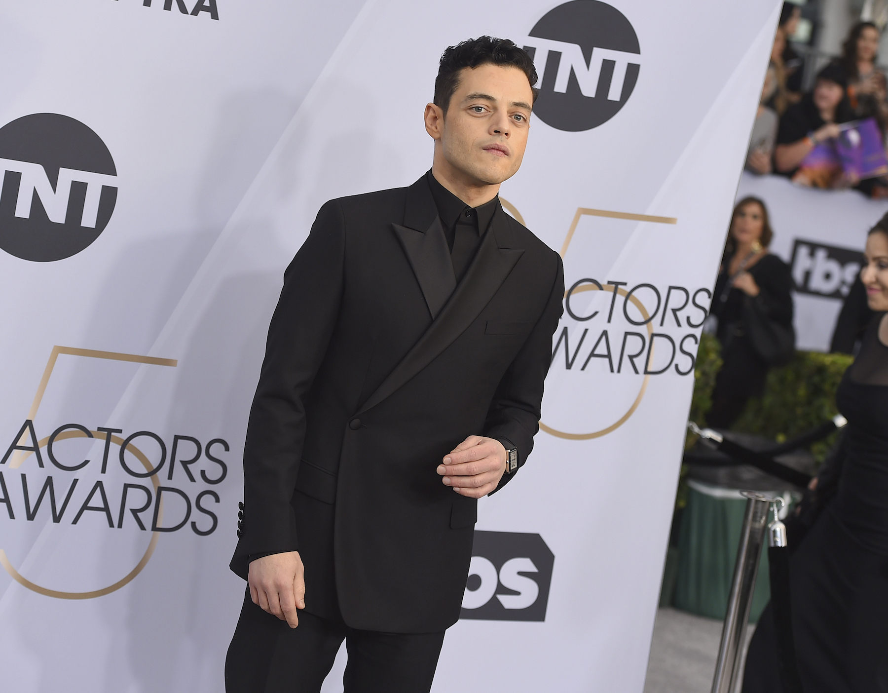 <div class='meta'><div class='origin-logo' data-origin='AP'></div><span class='caption-text' data-credit='Jordan Strauss/Invision/AP'>Rami Malek arrives at the 25th annual Screen Actors Guild Awards at the Shrine Auditorium & Expo Hall on Sunday, Jan. 27, 2019, in Los Angeles. /AP)</span></div>