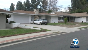 e6a510318 69-year-old man found stabbed to death in Diamond Bar home