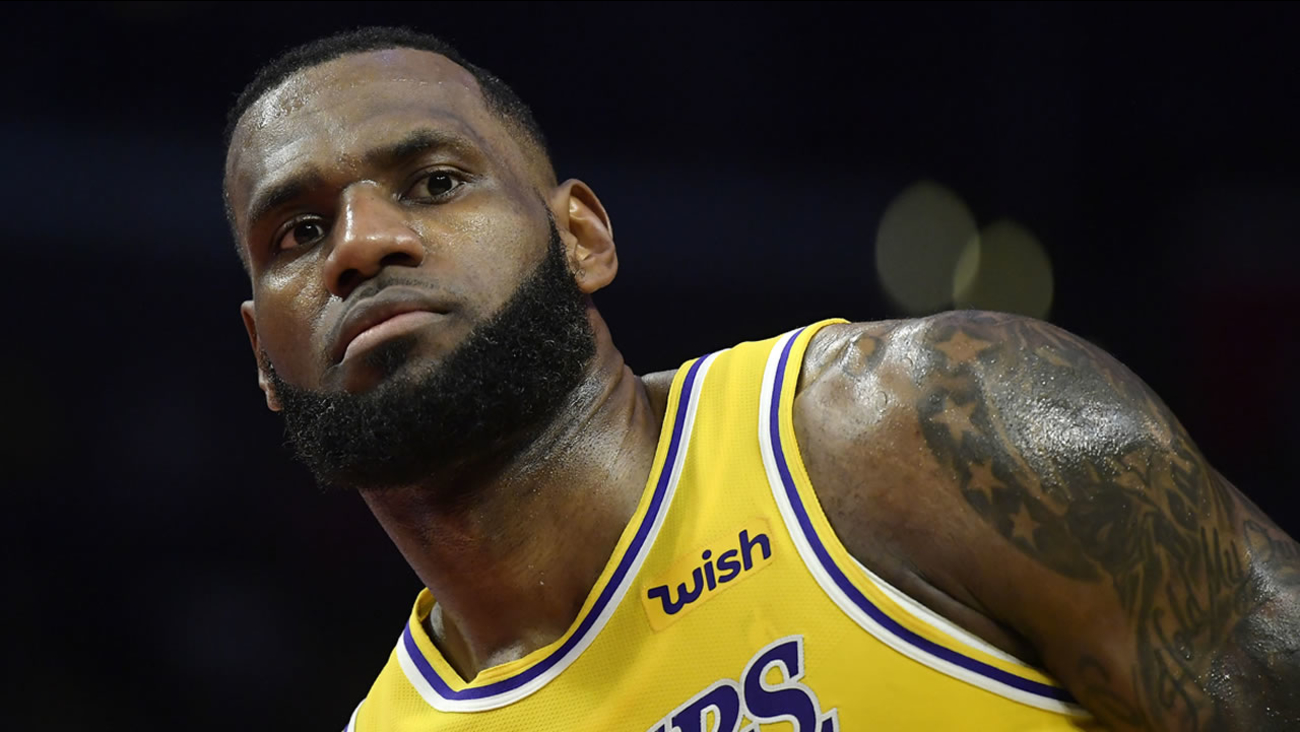 9e229f1869a2 Lakers forward LeBron James stands on the court during the second half of  an NBA basketball game against the Los Angeles Clippers Thursday