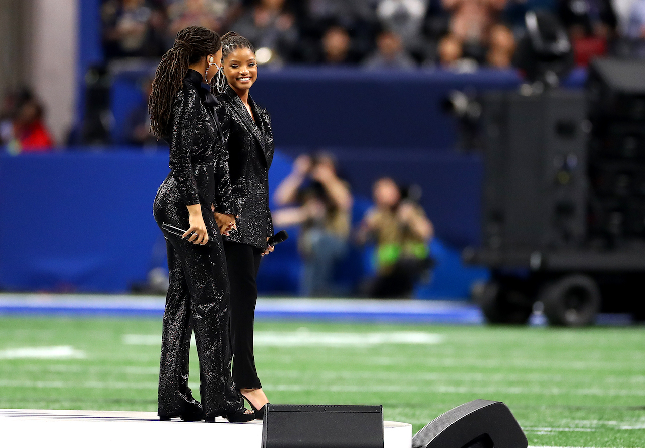 """<div class=""""meta image-caption""""><div class=""""origin-logo origin-image wpvi""""><span>wpvi</span></div><span class=""""caption-text"""">Chloe Bailey and Halle Bailey of Chloe x Halle perform America the Beautiful prior to Super Bowl LIII between the New England Patriots and the Los Angeles Rams. (Maddie Meyer/Getty Images)</span></div>"""