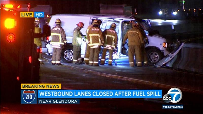 WB 210 Fwy shut down due to crash in Glendora