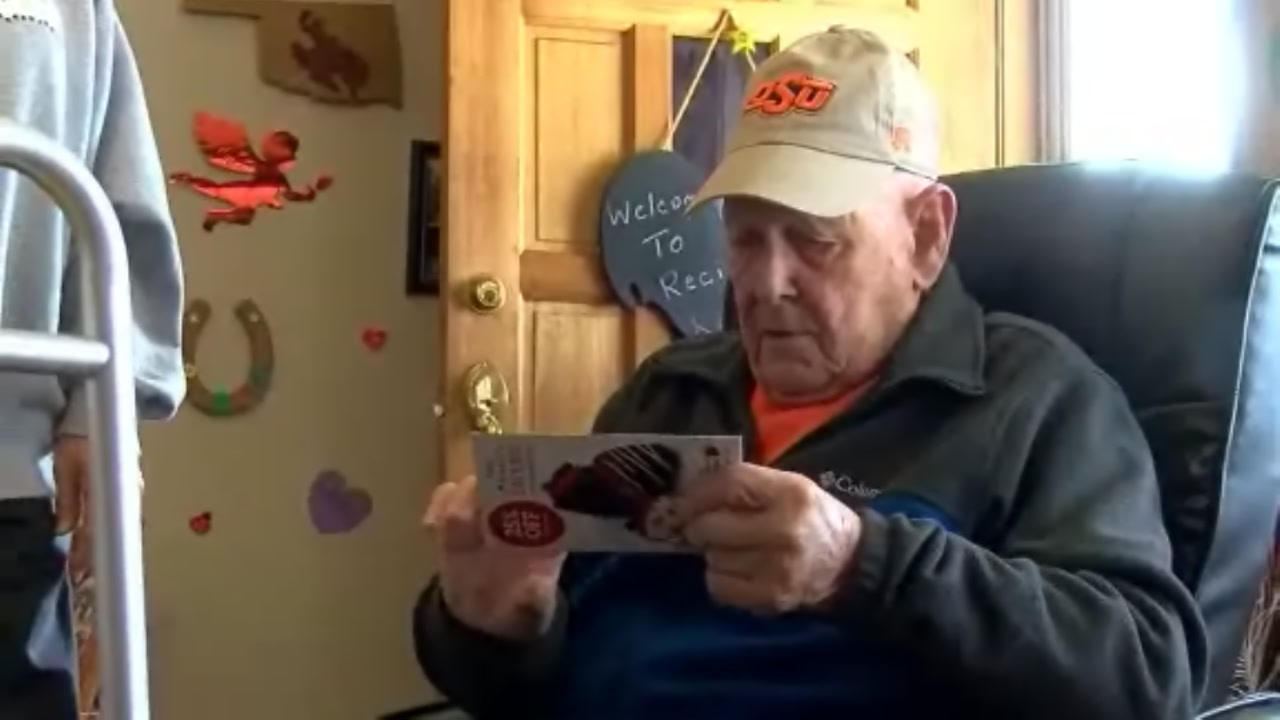 Oklahoma Family Asks For Birthday Cards WWII Veteran Fighting Cancer