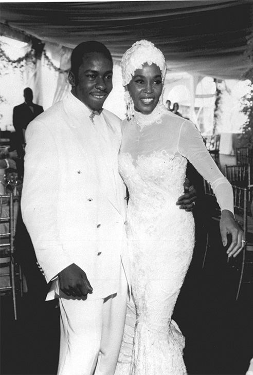 """<div class=""""meta image-caption""""><div class=""""origin-logo origin-image none""""><span>none</span></div><span class=""""caption-text"""">1992: Whitney Houston, right, is seen with her husband Bobby Brown during their wedding. (Photo/AP Photo)</span></div>"""