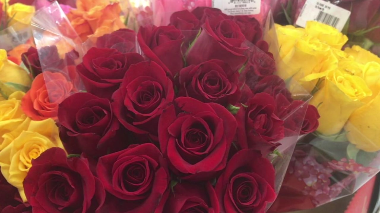 Dont Get Ripped Off On Your Valentines Day Flowers