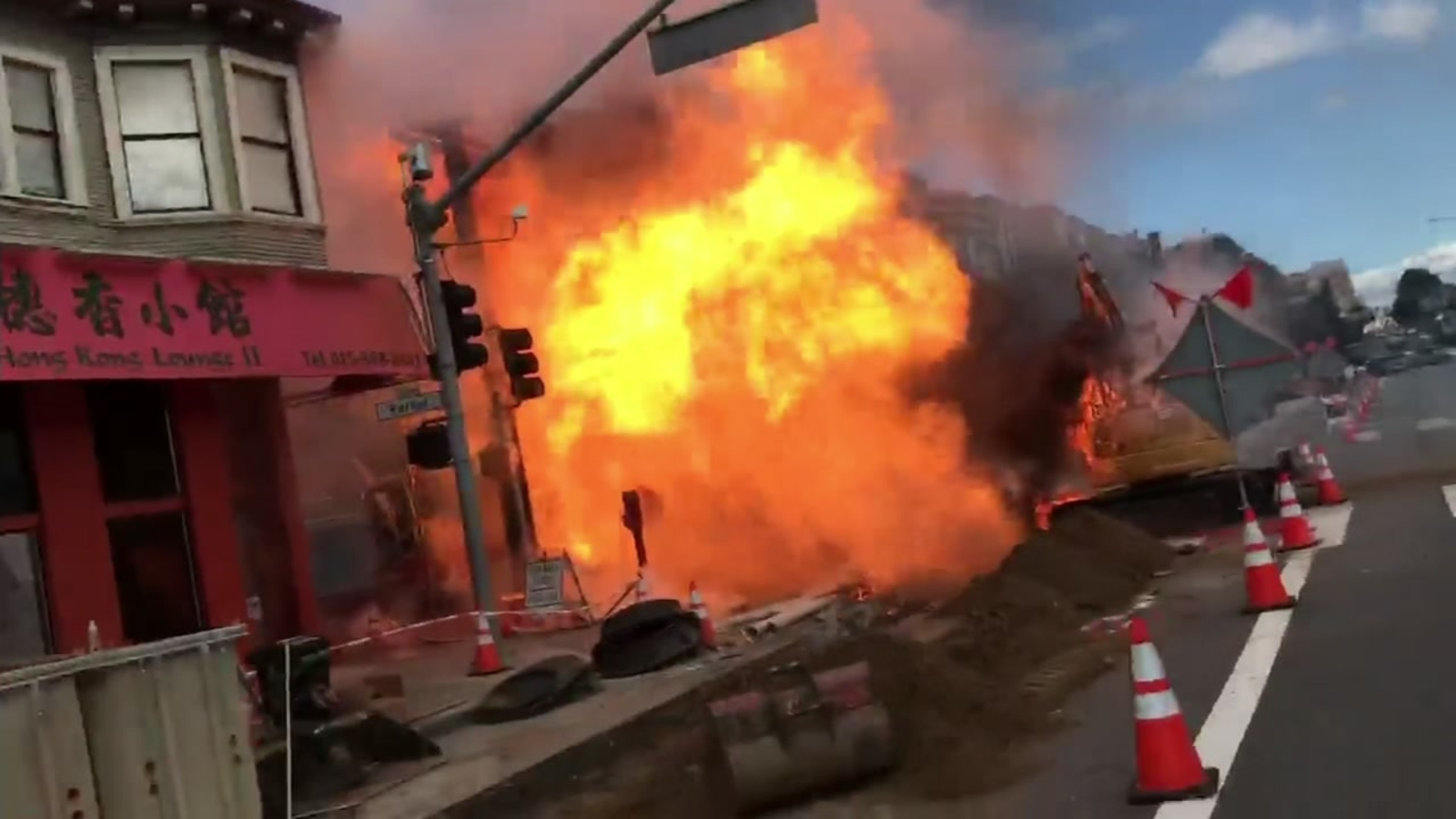Gas explosion, fire prompt evacuations in SF
