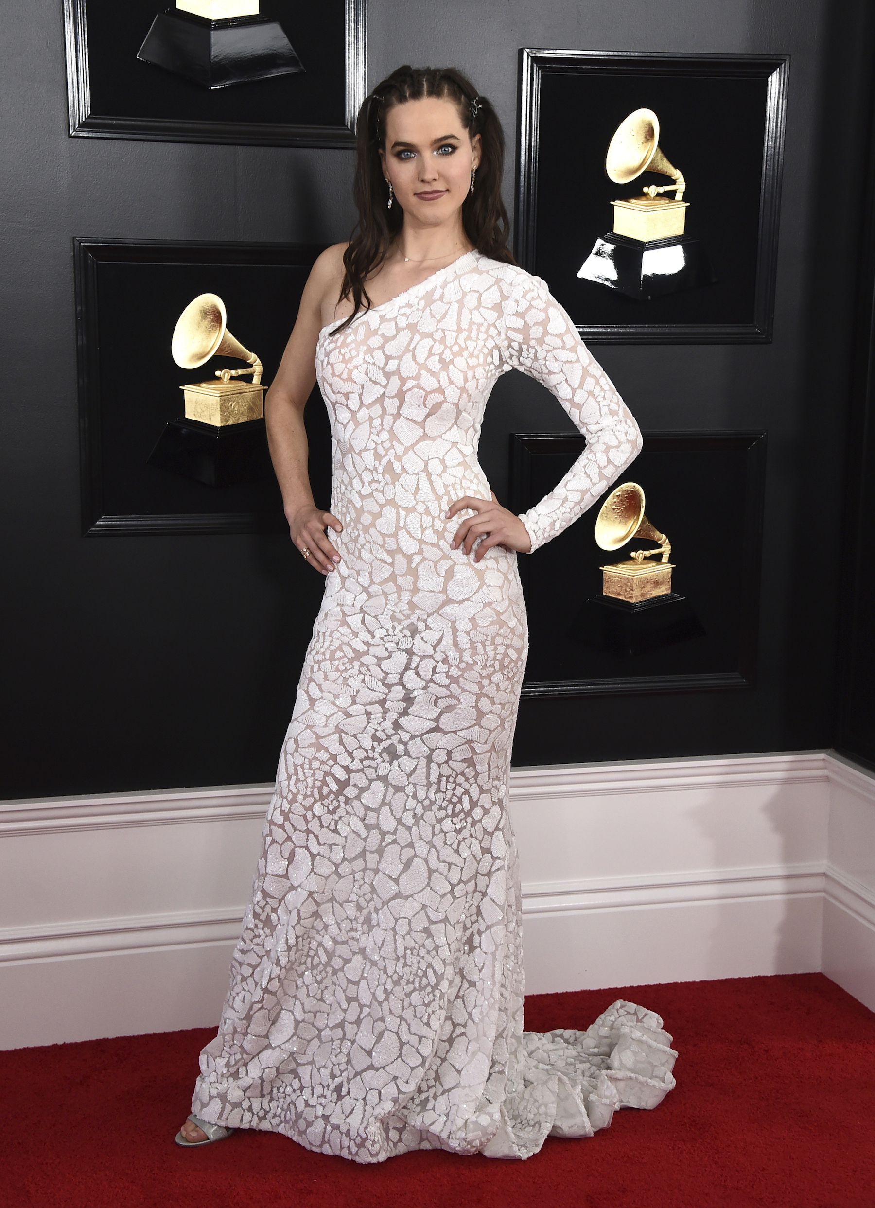 <div class='meta'><div class='origin-logo' data-origin='AP'></div><span class='caption-text' data-credit='Jordan Strauss/Invision/AP'>Sophie Hawley-Weld of Sofi Tukker arrives at the 61st annual Grammy Awards at the Staples Center on Sunday, Feb. 10, 2019, in Los Angeles.</span></div>
