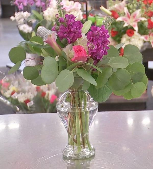 Create 3 Arrangements With 1 Bouquet Of Flowers Abc13
