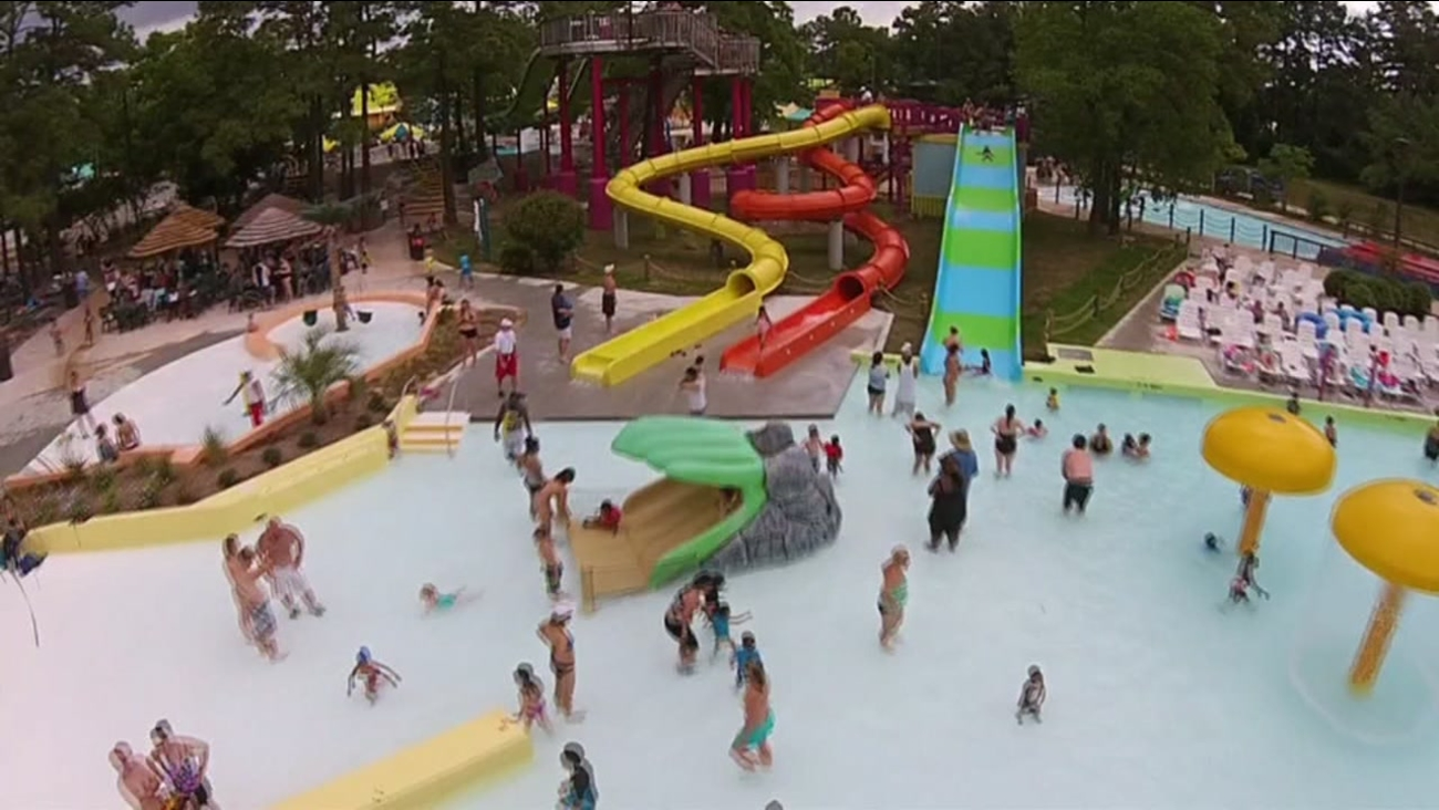 Six Flags Returns Wet N Wild Splashtown In Spring To Become Six Flags Water Park