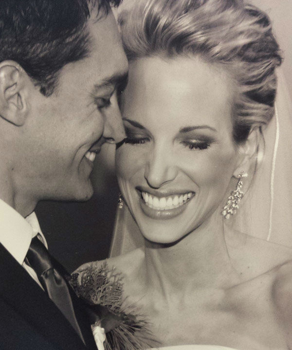 "<div class=""meta image-caption""><div class=""origin-logo origin-image none""><span>none</span></div><span class=""caption-text"">ABC-13 Anchor Ilona Carson on her special day</span></div>"
