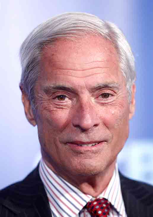 <div class='meta'><div class='origin-logo' data-origin='AP'></div><span class='caption-text' data-credit='AP Photo/Peter Kramer'>Longtime '60 Minutes' correspondent Bob Simon was killed in a car crash in Manhattan, New York Feb. 11, 2015. He was 73.</span></div>
