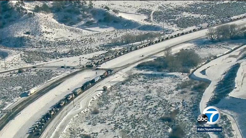 5 Fwy over Grapevine back open after closure due to snow