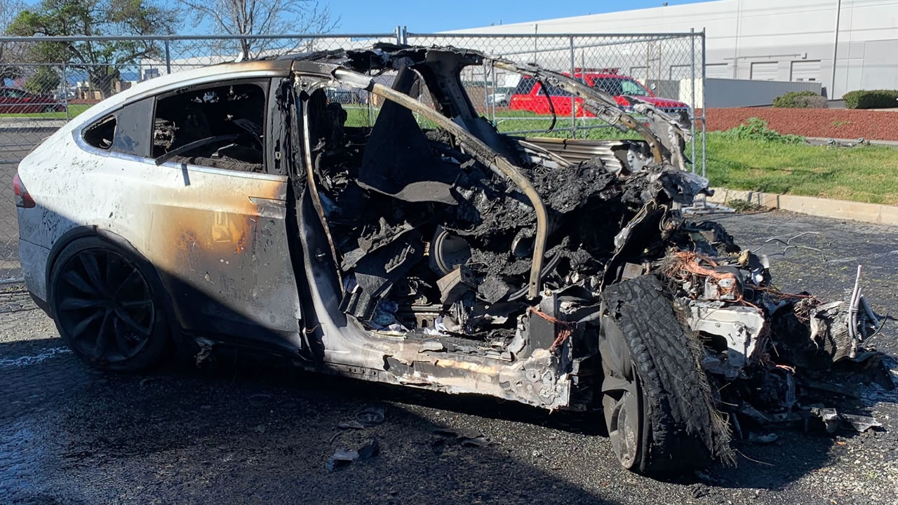 PHOTOS: Tesla driver survives fiery Model X crash in ...