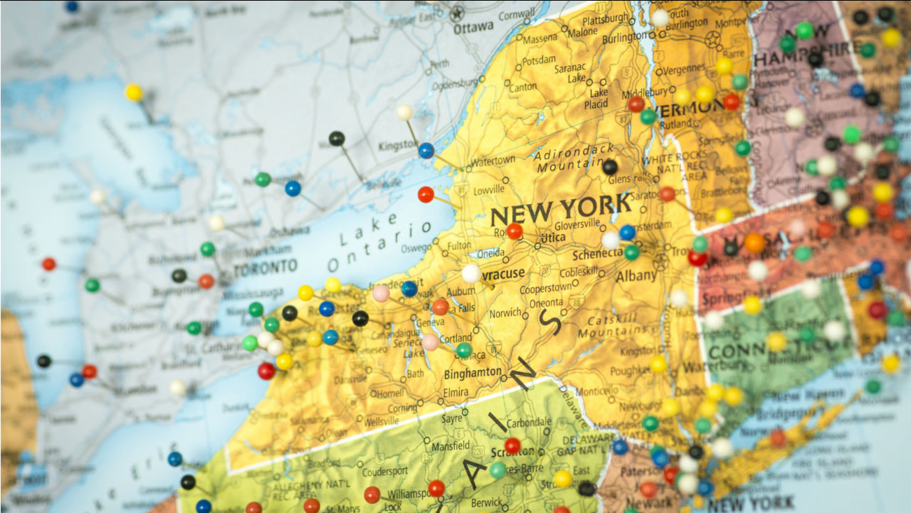 Map Of New York State And Surrounding States.Lawmaker Proposes Study Of Splitting New York Into 2 States Abc7ny Com