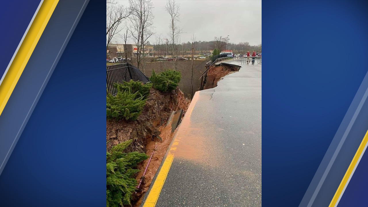 Retaining wall breaks down at Holly Springs Target | abc11 com