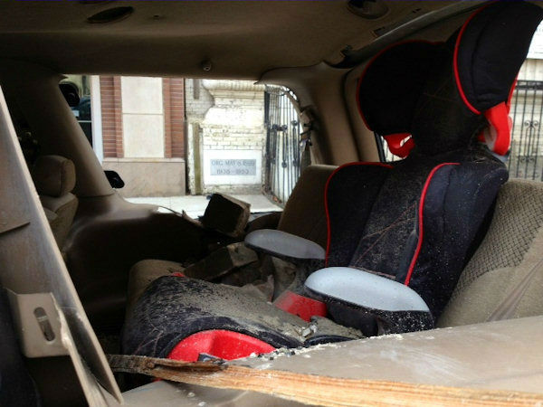 """<div class=""""meta image-caption""""><div class=""""origin-logo origin-image """"><span></span></div><span class=""""caption-text"""">Photo of a vehicle recovered from the rubble of the explosion in East Harlem. (Photo/Kemberly Richardson)</span></div>"""