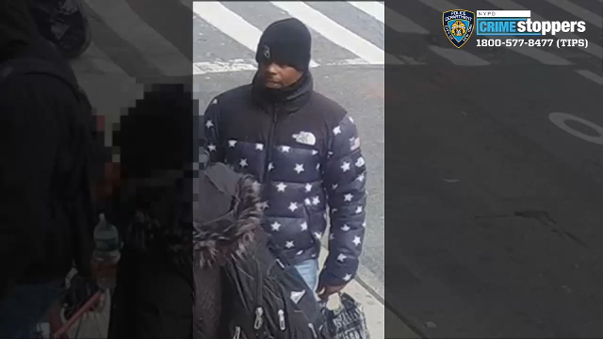 81323663c8f NYCHA impersonator burns man with hot knife in Lower East Side robbery