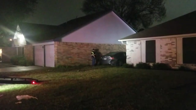 Stolen Car Crashes Between Two Houses In Northwest Harris County