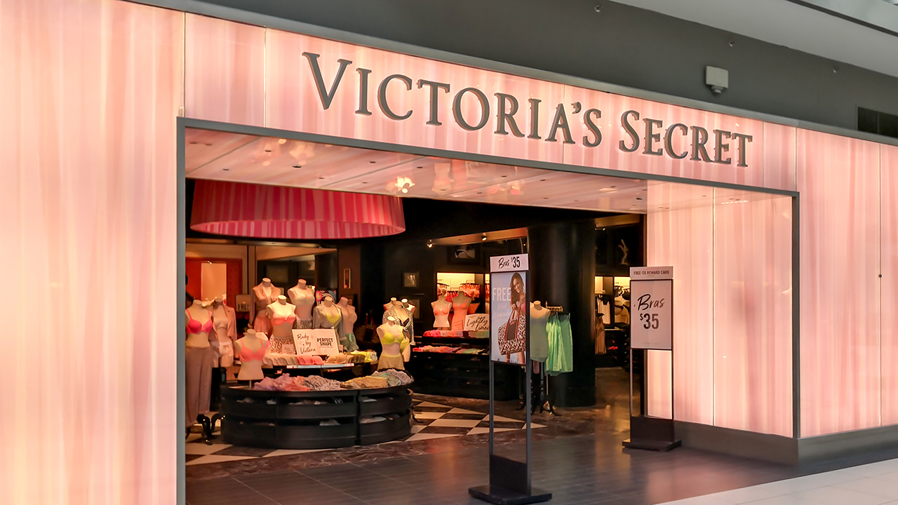 21bf944e1aa80 Victoria's Secret closing 53 stores this year | abc7chicago.com