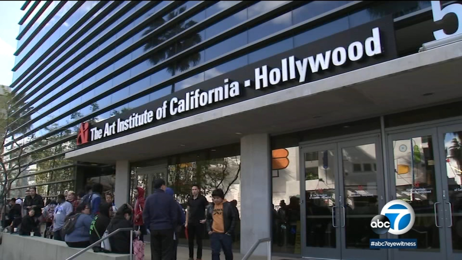 Students Look For Answers After Art Institute Of California Hollywood Closes Abc7 Los Angeles